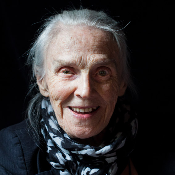 foto van oudere dame, zorg, verzorging, mantelzorg